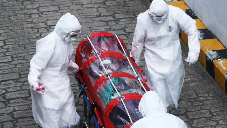 Decesele de coronavirus trec de 1 MILION în întreaga lume