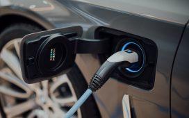 Mașinile electrice au atins un record de 54% din vânzările din Norvegia, în timp ce Volkswagen îl depășește pe Tesla