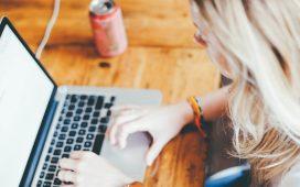 Anul nostru virtual în pandemie! Cât de mult stăm conectați în mediul digital?