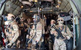 Forţele Aeriene Române au mai evacuat un român din Kabul, iar alți 14 au ajuns la aeroport